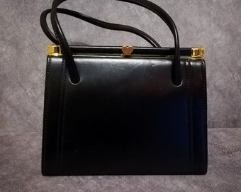 MacLaren Handbag, 1960s Vintage Handbag, Norwich England Retro Handbag, Kelly Style Handbag, Vegan Leather, Heart Clasp, Made In England