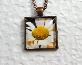 Square Daisy Necklace with Glass Cabochon Flower Necklace Flower Jewelry Nature Necklace Nature Jewelry Photo Necklace Photo Jewelry