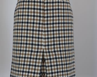 "80s Does 1960s Skirt - Plaid Midi Pencil Skirt - Austin Reed - Back Slit Button Detail - Mad Men - Brown Black Check - Size Small 26"" Waist"