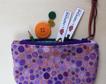 Purses. Purse. Miscellany from bag. Exclusive pattern