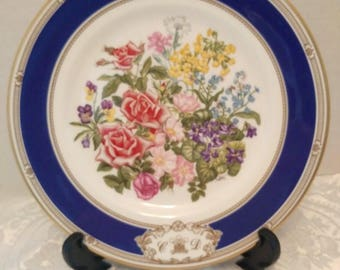 Royal Doulton royal wedding bouquet plate