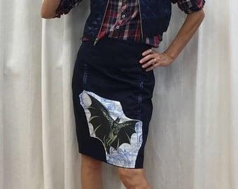 Batman Skirt Pencil Skirt Geek Chic Skirt Vintage DC Comics 1992 Fabric Size 2