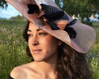 Black & nude Pamela invited wedding with feather knob/pink fascinator, millinery