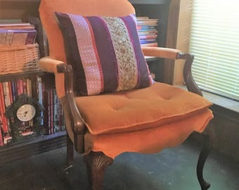 Vintage Orange Queen Anne Style Chair with Boho Pillow (Local Sale/Pick Up Only)