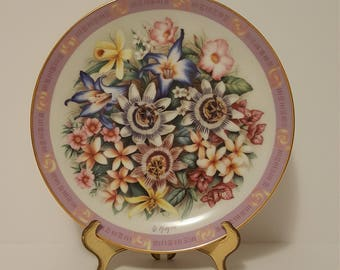 """The Danbury Mint """"The Flowers of Brazil"""" by Doug Hague Hand Painted Plate, 1990"""