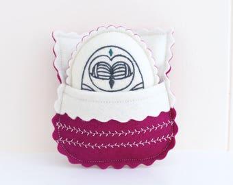 Owl Plush / Woodland Plush / Owl Baby Toy / Wool Felt Toy / Woodland Toy / Toy Sleeping Bag / Felt Owl Collectible / Tooth Fairy Pillow