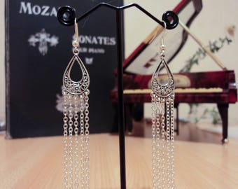 Drop earrings with chain - silver - 9cm