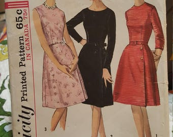 Vintage simplicity #5702 size 13 made  1964