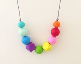 Silicone teething necklace, teething jewellery, nursing necklace, breastfeeding necklace, rainbow, beads, for mum, teether