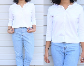 Ruffle Neckline Knit Button Up