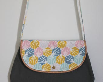 Chic bag for girl kaki and geometric pattern