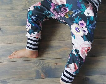 Organic Cotton Knit leggings. Baby Leggings. Organic baby clothes. Floral leggings.Leggings. Harem Pants. Harem leggings. Floral Nursery