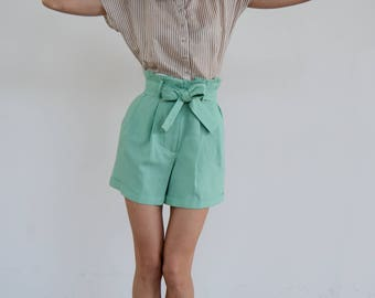 Paper Bag Shorts / Mint Shorts / High Waisted Shorts / Summer Shorts / Linen Shorts/ High waisted shorts/ Pleated Short