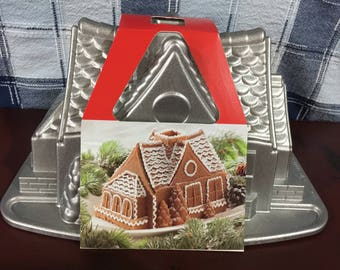 Nordic Ware Platinum collection Gingerbread house Bundt Pan