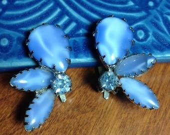 vintage rhinestone earrings, clip earrings, oval earrings