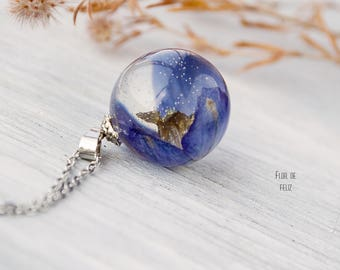 Resin Delphinium necklace Terrarium jewelry Resin flower necklace Botanical resin necklace Resin jewelry Sphere pendant,Nature Jewelry