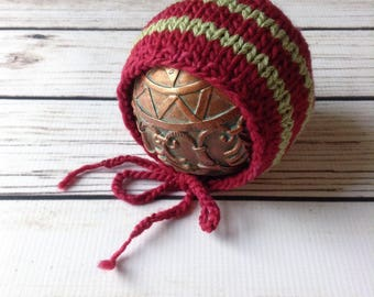 Red Wool Christmas Newborn Bonnet, Striped Bonnet, Newborn Bonnet, Newborn Holiday Bonnet, Newborn Christmas Bonnet, Newborn Hat