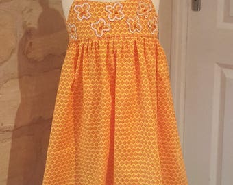 Been yellow - 100% cotton girl dress girl dress handmade with flowers