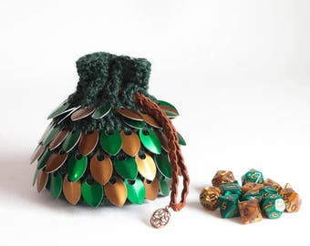 Scalemail Dice Bag - Green and Bronze Celtic Pouch - Crocheted D&D Dice Bag