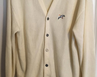 Vintage 1970s Outward Bound Cream-Colored Men's Cardigan Size XL