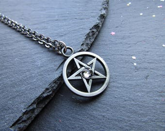 Gunmetal Pentacle Necklace with Crystal, Pentacle Necklace, Pentagram Necklace, Wicca Necklace, Pagan Necklace, Pentacle, Pagan Jewelry