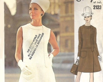"""Vintage 1960's Vogue Couturier Galitzine Wrapped-Skirt Dress Bust 34"""""""
