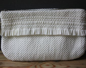 vintage | hand loomed | clutch | purse | wallet | white | silver | soft | Muskoka Weavers | made in Canada