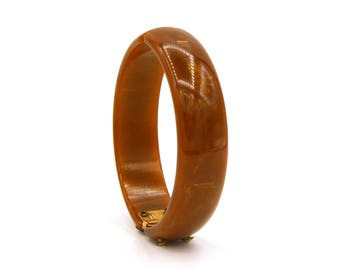 Brown Bakelite Hinged Bangle, Clamper Bangle Bracelet, Marble Chocolate Bangle, Antique 1940s Jewelry, Bakelite Bracelet, Gold Accents