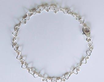 Hearts bracelet (silver heart bracelet silver bracelet love bracelet tiny Heart Bracelet Dainty Bracelet