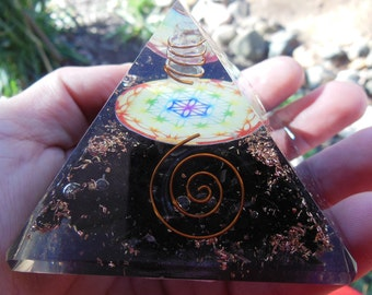 Flower of Life Tourmaline Orgone Pyramid