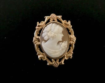 10k Gold Conch Shell Cameo Brooch/Pendant