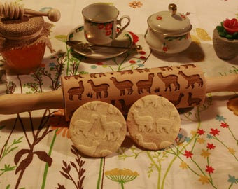 Alpacas Embossing Rolling Pin. Engraved rolling pin with Alpacas for embossed cookies. Baking Gift