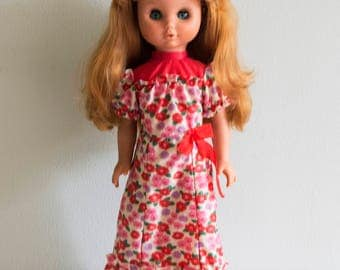 Doll. Girl doll. Toy doll. Old toy doll.