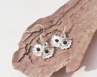 Silver Owl bird earrings Owl face dangle earrings. Bird Woodland jewellery owls