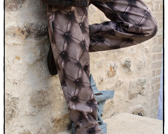 Baggy winter trousers for men made of cotton canvas made-to-measure and handmade