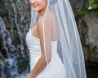 SALE Gorgeous Single Tier 1T Fingertip Length Wedding Veil with Satin Trim Edge - Available in Ivory & White