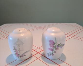 "Pfaltzgraff Salt and Pepper Shaker ""Cape May"" w/ Bird House & Pink and Purple Flowers"