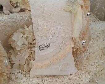 Vintage Lace Christmas Pillow Antique Ivory Noel Lavender Sachet Hanging Lavender Sachet