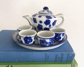 Miniature Ceramic Blue & White Teaset - Vintage childrens room decor baby nursery - dolls house miniatures - tea pot teapot tea cup #0568
