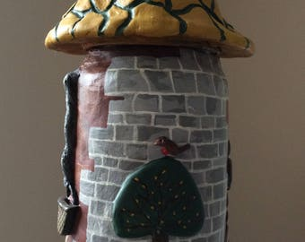 Quirky up-cycled jar with removable lid