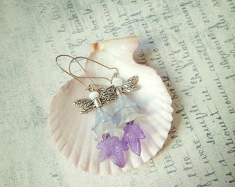 Garden flower lucite fairy earrings dragonfly wings spring summer blue white lilac trumpet lily leaf acrylic jewelry romantic fairytale gift