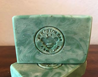 Mint Fusion - Soap made with Peppermint Tea, Organic Spearmint and Apricot Kernel Oil | Luxurious & Lovely | handmade exclusive recipe