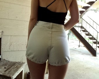 """Vintage Gap High Waisted off white shorts 28"""""""