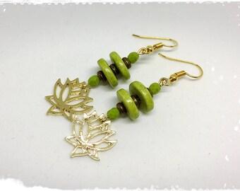 Golden green earrings Golden tender lotus