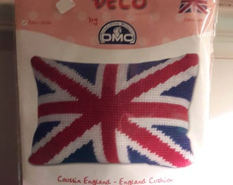Tapestry cushion English by DMC canvas kids kit
