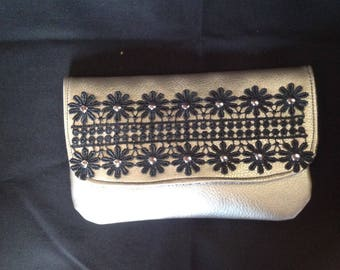Clutch faux leather silver and Black Lace.