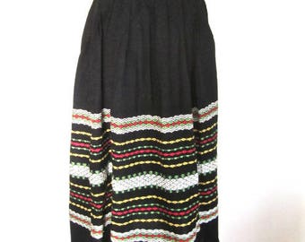S M 40s 50s Skirt Black Green Red Yellow Handwoven by Mackay Canada Ethnic German Austrian Look Peasant Girl Pleated Stripes Small Medium