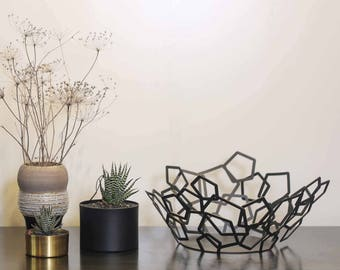 Modern bowl, metal bowl ,geometric bowl , decorative bowl, fruit bowl, home decor, table centerpiece, laser cut decor, table top