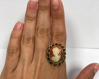 Vintage Costume Jewelry Cameo Ring