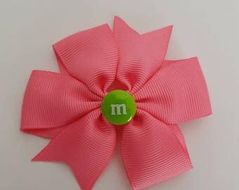 Pink Hair Bow with Green M&M Centrepiece